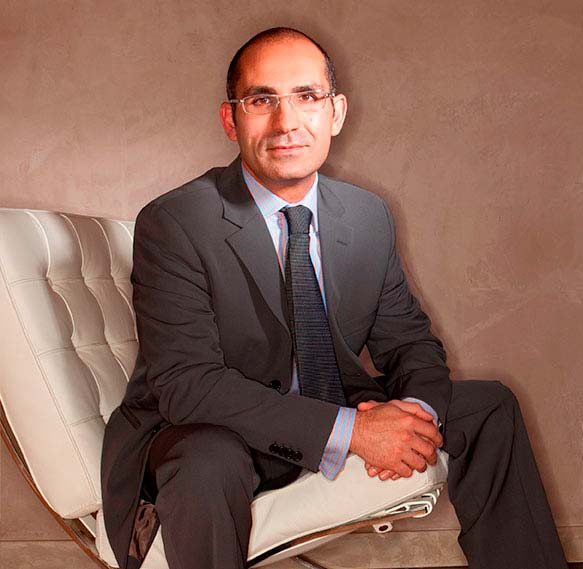 Peyman Solieman, MD